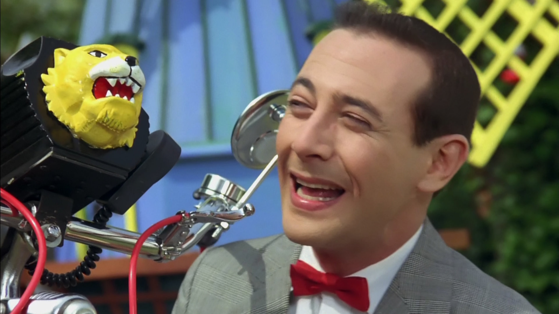 Pee Wee with Bike